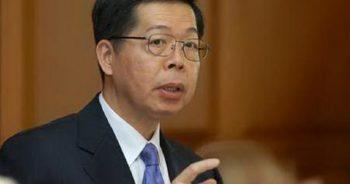 ดร.ประสาร ไตรรัตน์วรกุล ผู้ว่าการธนาคารแห่งประเทศไทย ภาพจาก http://www.prachachat.net/online/2010/11/12885724751288579490l.jpg