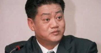 นายวิทยา บูรณศิริ รมต.สาธารณสุข ที่มาภาพ : http://www.siamrath.co.th/web/sites/default/files/naaywithyaa_burnsiri_0.jpg