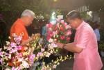 พล.อ.อ.สุกำพล สุวรรณทัต รมว.กลาโหม เข้าอวยพรปีใหม่พร้อมมอบกระเช้าดอกไม้ต่อ พล.อ.เปรม ติณสูลานนท์ ประธานองคมนตรีและรัฐบุรุษ เมื่อวันที่ 27 ธ.ค. ที่ผ่านมา