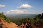 ภาพมุมสูง แก่งเสือเต้น พื้นที่ทั้งหมดที่จะน้ำเขื่อนจะท่วมโดยมีภูเขาโอบล้อมไว้