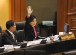น.ส.ยิ่งลักษณ์ ชินวัตร นายกรัฐมนตรี เตรียมลุกขึ้นชี้แจงในรัฐสภา เมื่อวันที่ 26 พ.ย.2555