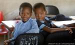 ที่มาภาพ : http://www.unicef.org/southafrica/SAF_wwdo_educecd.jpg