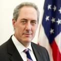นายไมเคิล บี.จ๊.โฟรแมน ผู้แทนการค้าสหรัฐอเมริกา ที่มา : http://upload.wikimedia.org/wikipedia/commons/0/01/Michael_Froman_official_portrait.jpg