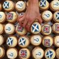 ที่มาภาพ : http://static.guim.co.uk/sys-images/Observer/Pix/pictures/2014/5/16/1400259296359/Scottish-independence-014.jpg