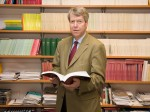 Martin Hellwig ผู้ชนะรางวัลวิจัยดีเด่น Max Planck Research Award ประจำปี 2012 http://www.mpg.de/5883189/Max_Planck_Research_Award_2012