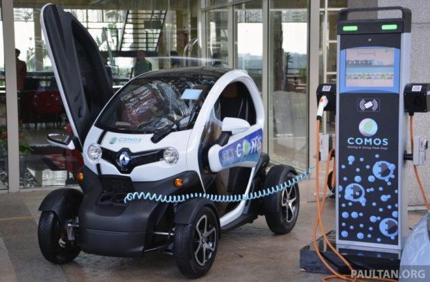 ตัวอย่างการทดลองเชิงสังคม social experiment ของมาเลเซีย ในลักษณะการให้เช่าใช้รถไฟฟ้ากับสาธารณะ ที่มาภาพ : http://paultan.org/2014/05/07/comos-ev-rental-programme/